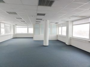 170 m2 - samostatný administratívny priestor