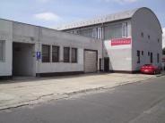 70 m2 a 200 m2 - skladové priestory