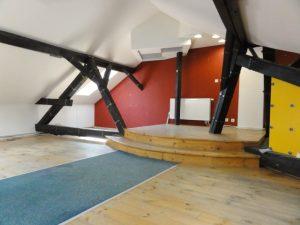 113 m2 - atypický podkrovný priestor v tichom dvore