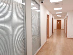 357 m2 , alebo 510 m2– samostatný administratívny priestor + 157 m2 terás