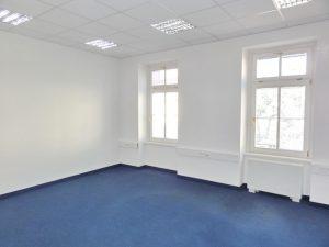 27,80 m2- 30 m2- 32,60 m2 - kancelárie v centre mesta