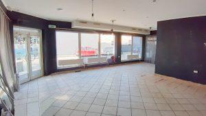 300 m2 (350 m2) - obchodno- administratívny priestor na prízemí menšieho polyfunkčného objektu