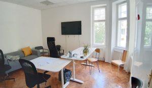 100 m2 - samostatné , príjemné priestory v historickej budove