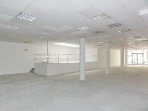 361 m2 - obchodno-administratívne priestory