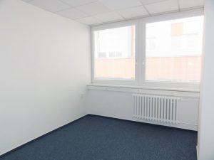 29 m2 - 35 m2 - samostatné kancelárie v menšom objekte