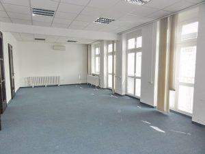 110 m2 - 147 m2 a 230 m2 - kancelárie v úplnom centre