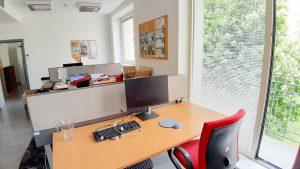 196 m2 - samostatný administratívny blok