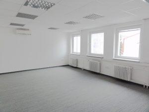 35 m2 - samostatná kancelária
